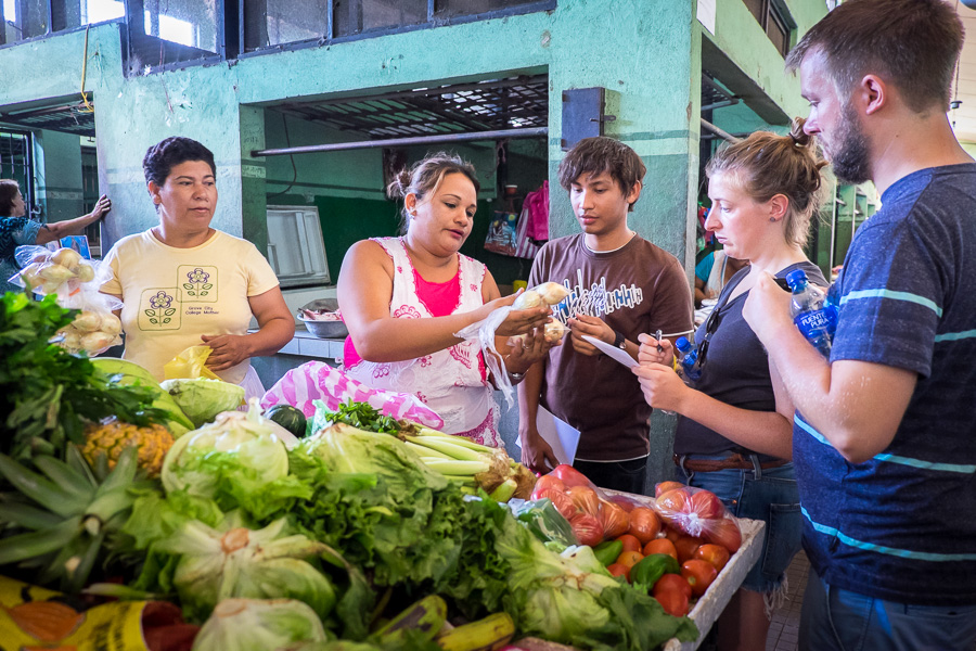 NicaAsi Cooking Workshop buying vegetables for indio viejo in local market