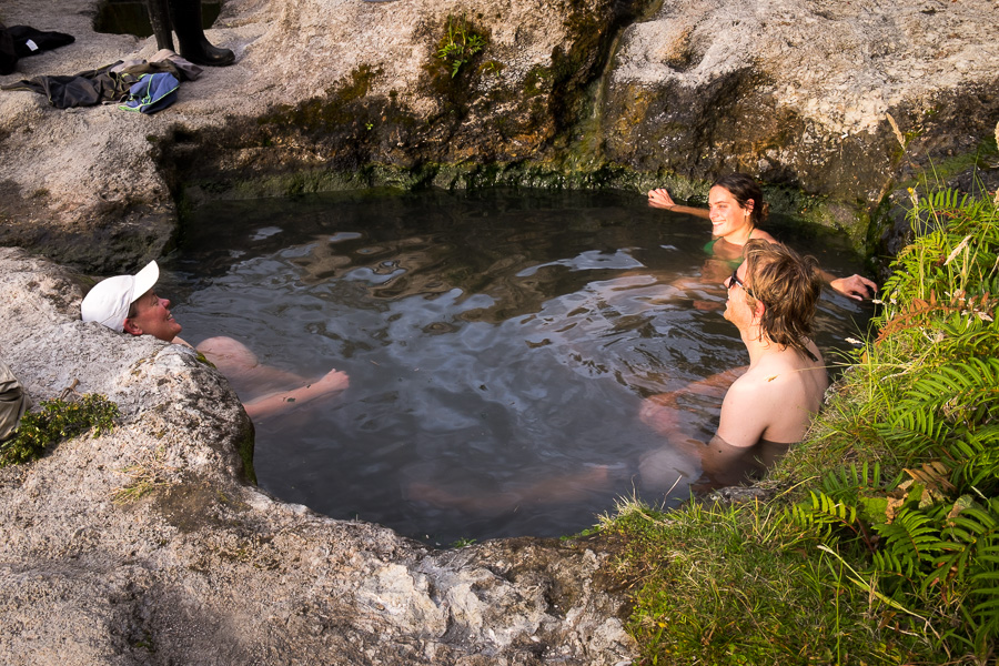 Cahuelmo thermal hot springs (Termas Cahuelmo)