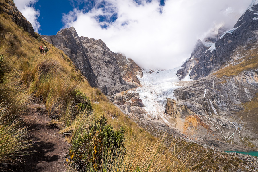 Hiking to the lookout above the lakes below Siula Pass - Cordillera Huayhuash