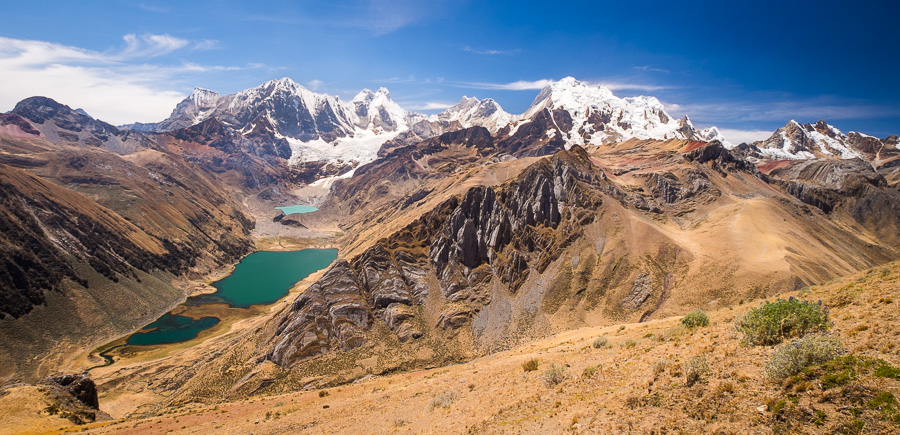 Viewpoint over 3 lakes near Paso Yaucha - Cordillera Huayhuash